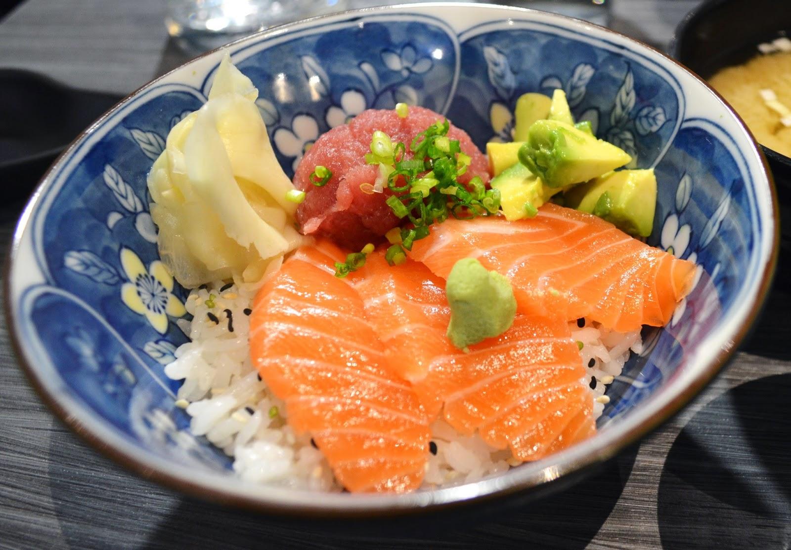 maruya dining japanese le meilleur restaurant japonais de bordeaux. Black Bedroom Furniture Sets. Home Design Ideas