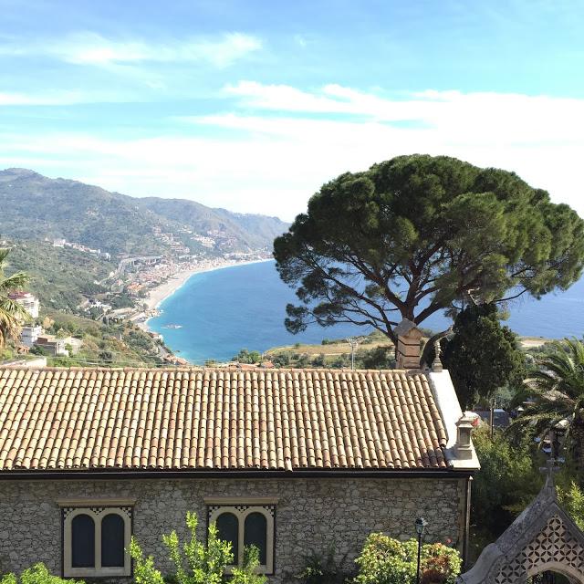 hôtel Taormine en Sicile - blog voyage Camille In Bordeaux