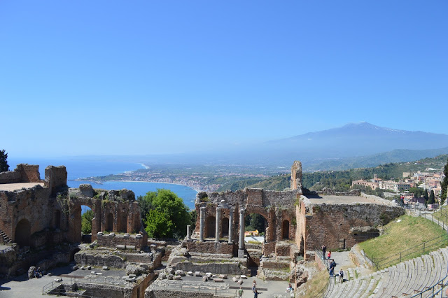 théâtre grec Taormine en Sicile - blog voyage Camille In Bordeaux