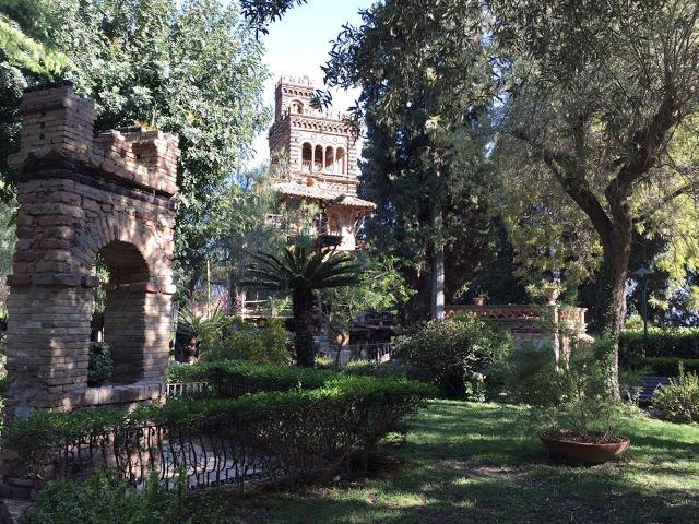 vila comunale Taormine en Sicile - blog voyage Camille In Bordeaux