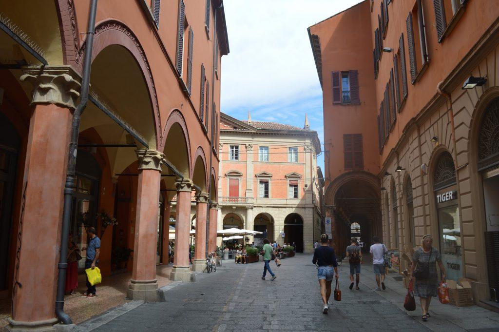 arcades Bologne Visiter Bologne 10 bons plans Italie voyage - Camille In Bordeaux