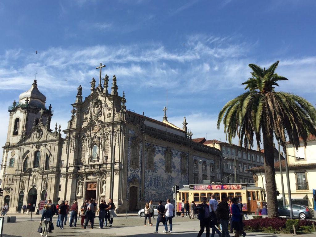 église azulejos porto blog voyage camille in bordeaux