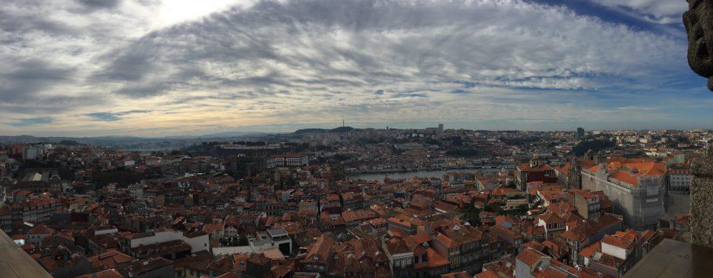 torre de clerigos porto vue panoramique douro blog voyage camille in bordeaux