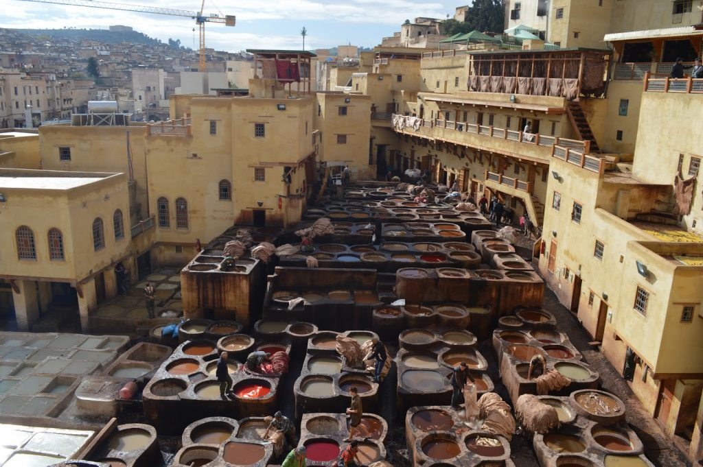 fes medina tanneries maroc blog voyage camille in bordeaux