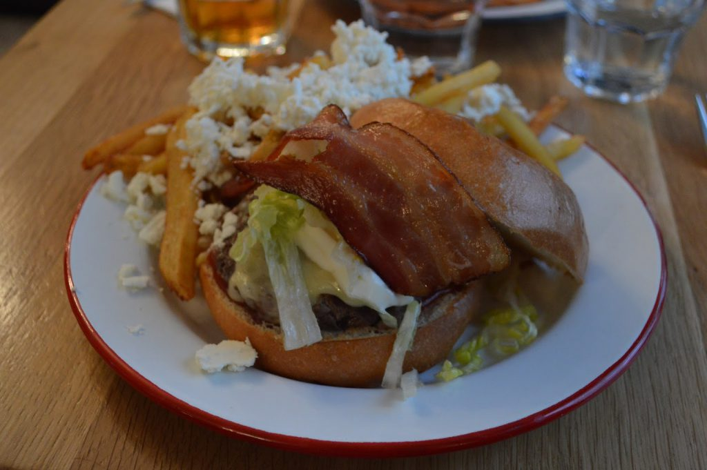 weekend paris 9° arrondissement burger atelier saint georges paris pigalle