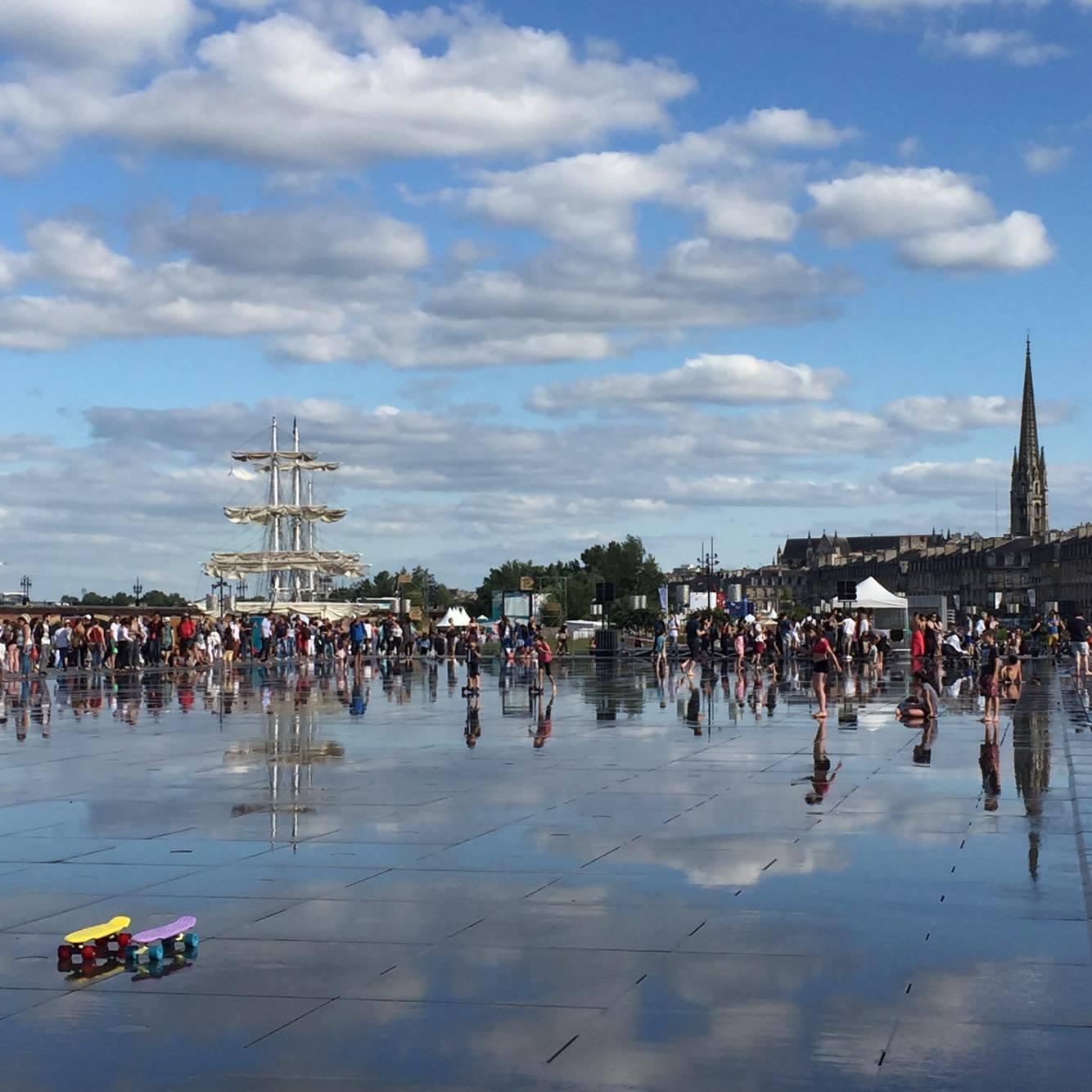 bordeaux miroir d'eau - 100 bons plans bordeaux city guide Camille In Bordeaux