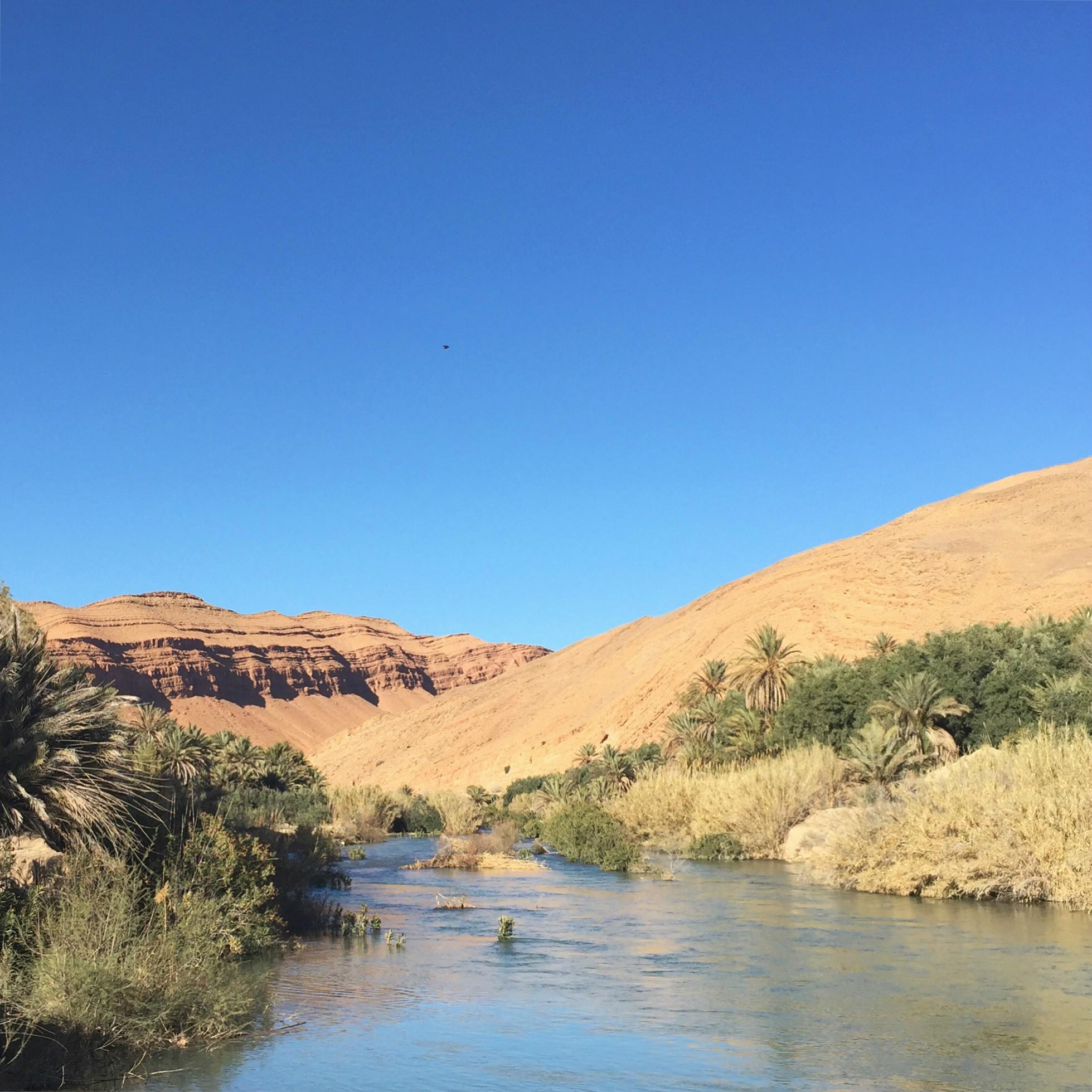 barrage Maroc oasis route de Midelt