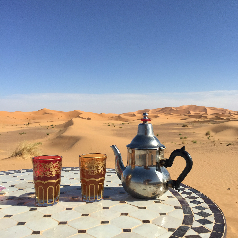 thé avec vue auberge dunes d'or Sahara blog Camille in Bordeaux