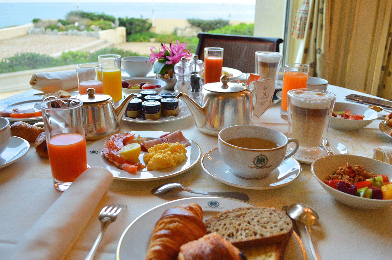 Petit déjeuner Hotel du Palais Biarritz - blog Camille In Bordeaux