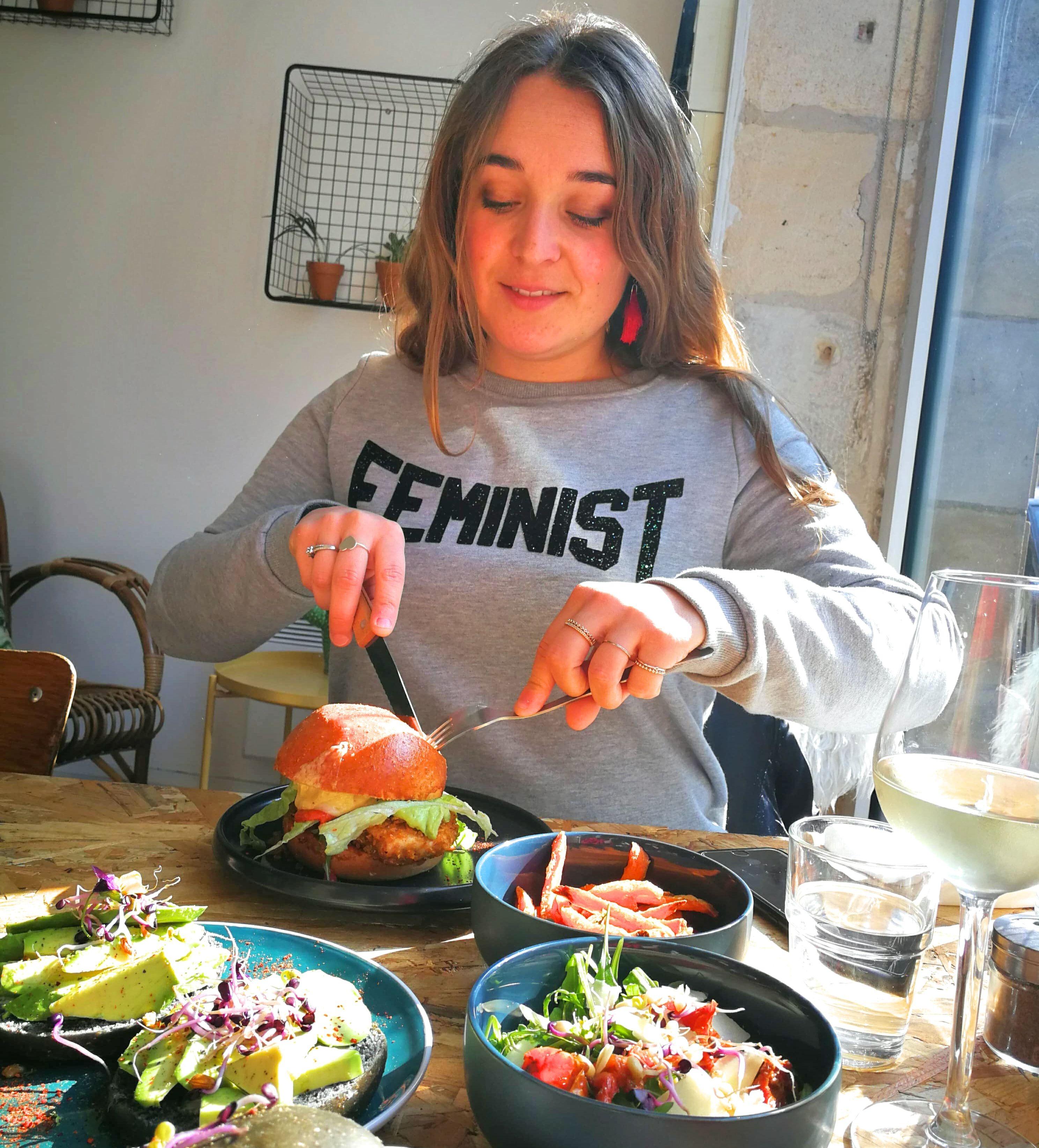 Les sauvages burgers maison avocado toast et brunch for Les chambres de camille bordeaux