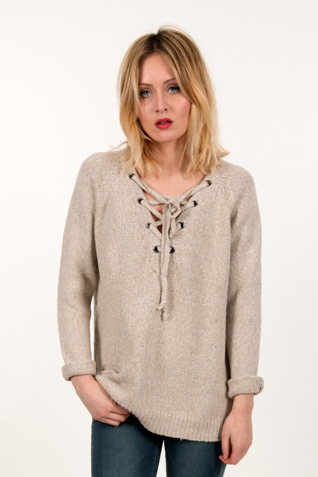 pull lacets nowe store
