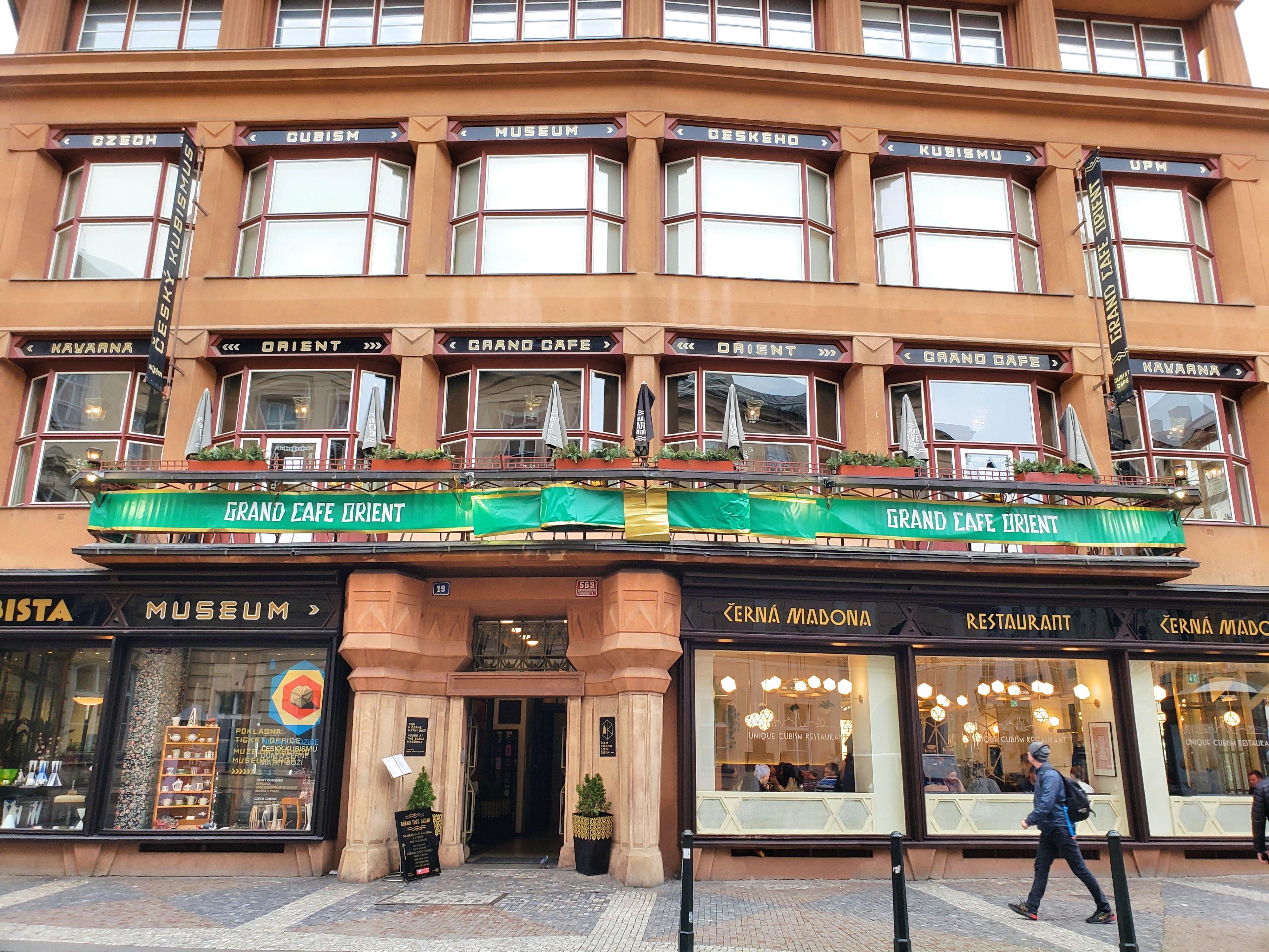 grand café Orient maison cubisme Prague