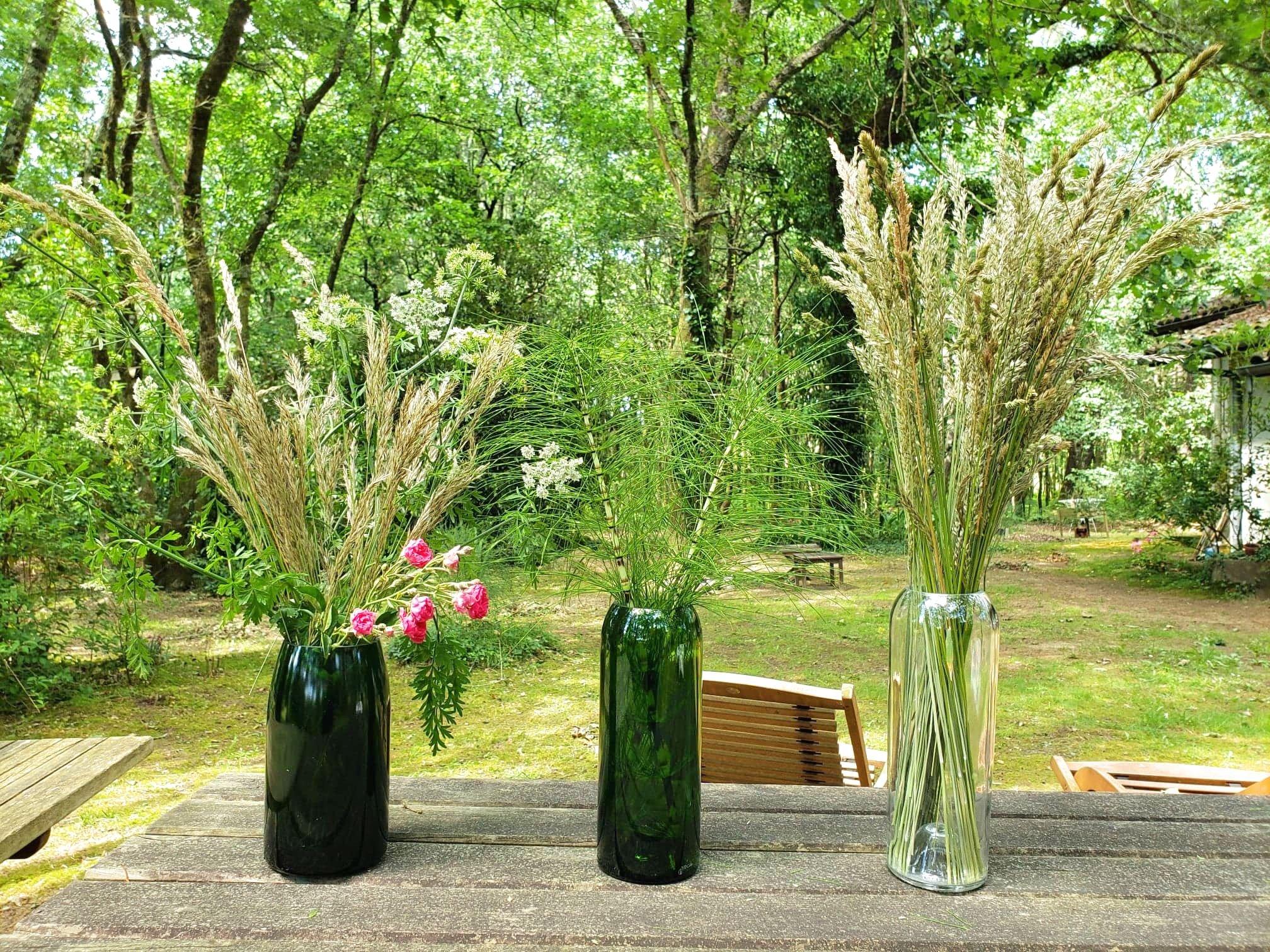 vase en bouteilles de vins recyclées plates et culotées