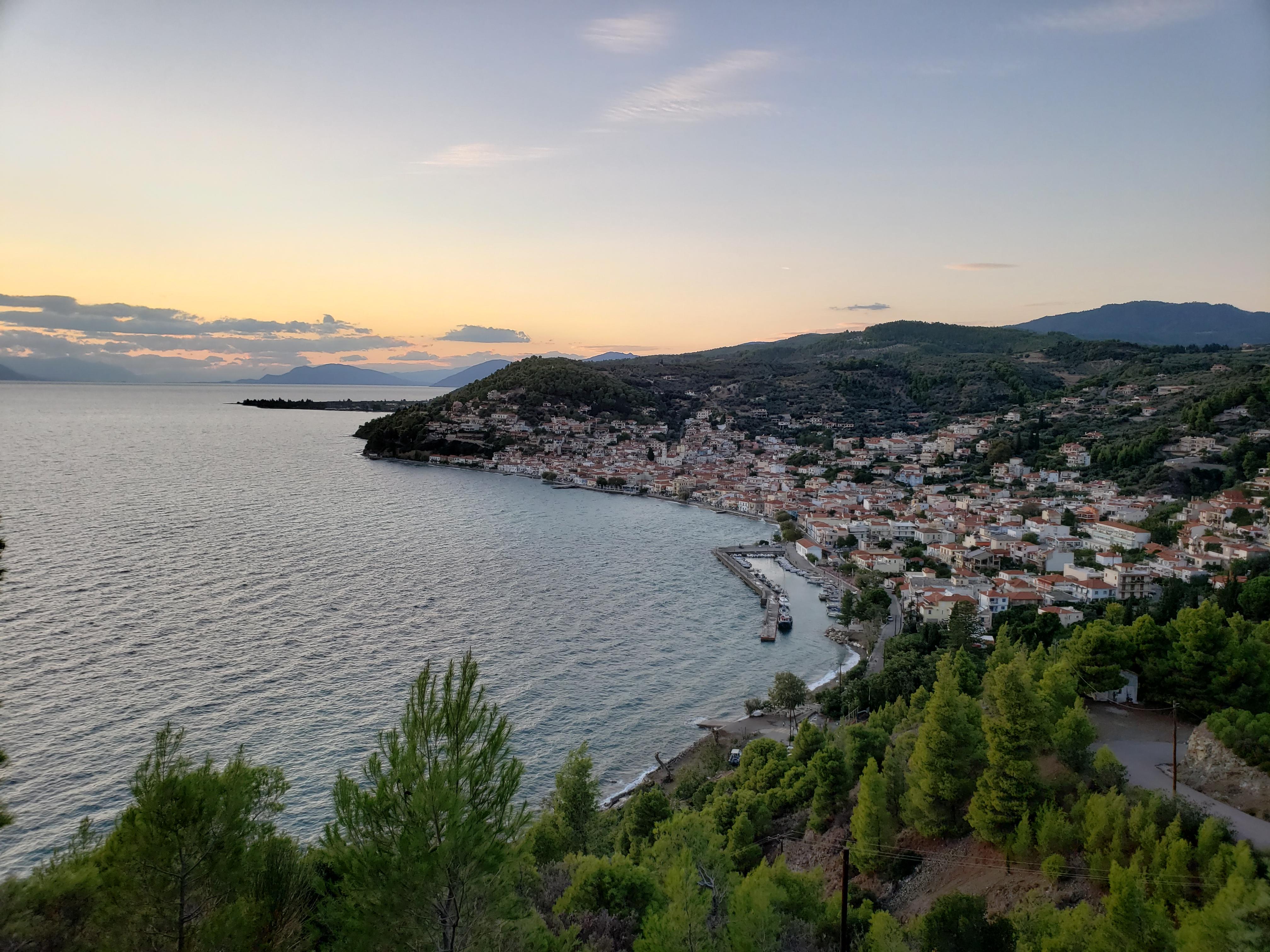 vue sur Limni Eubée blog Grèce